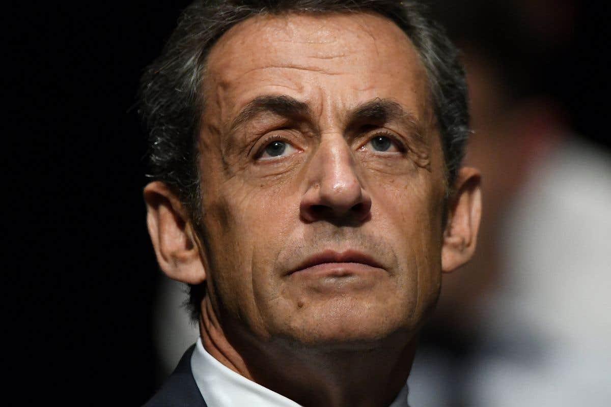 Sous les projecteurs: Sarkozy