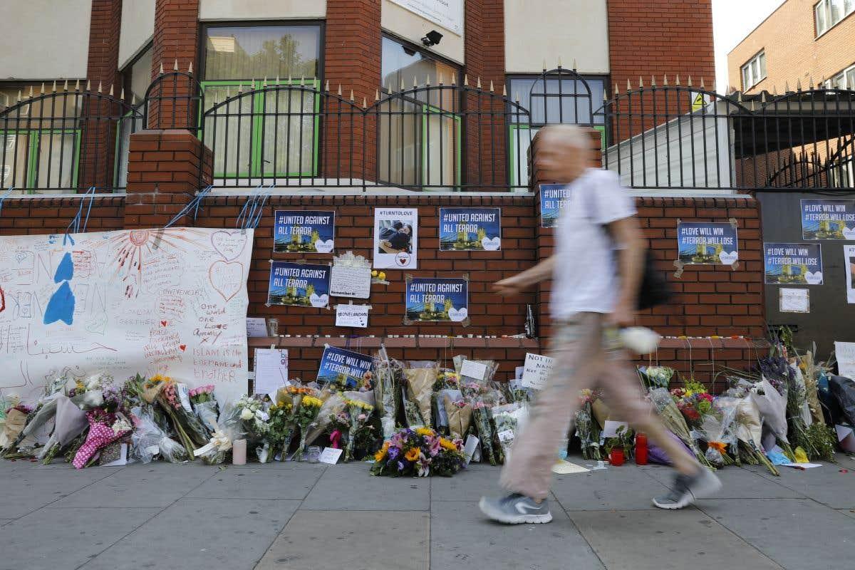 À Londres, une minute de silence