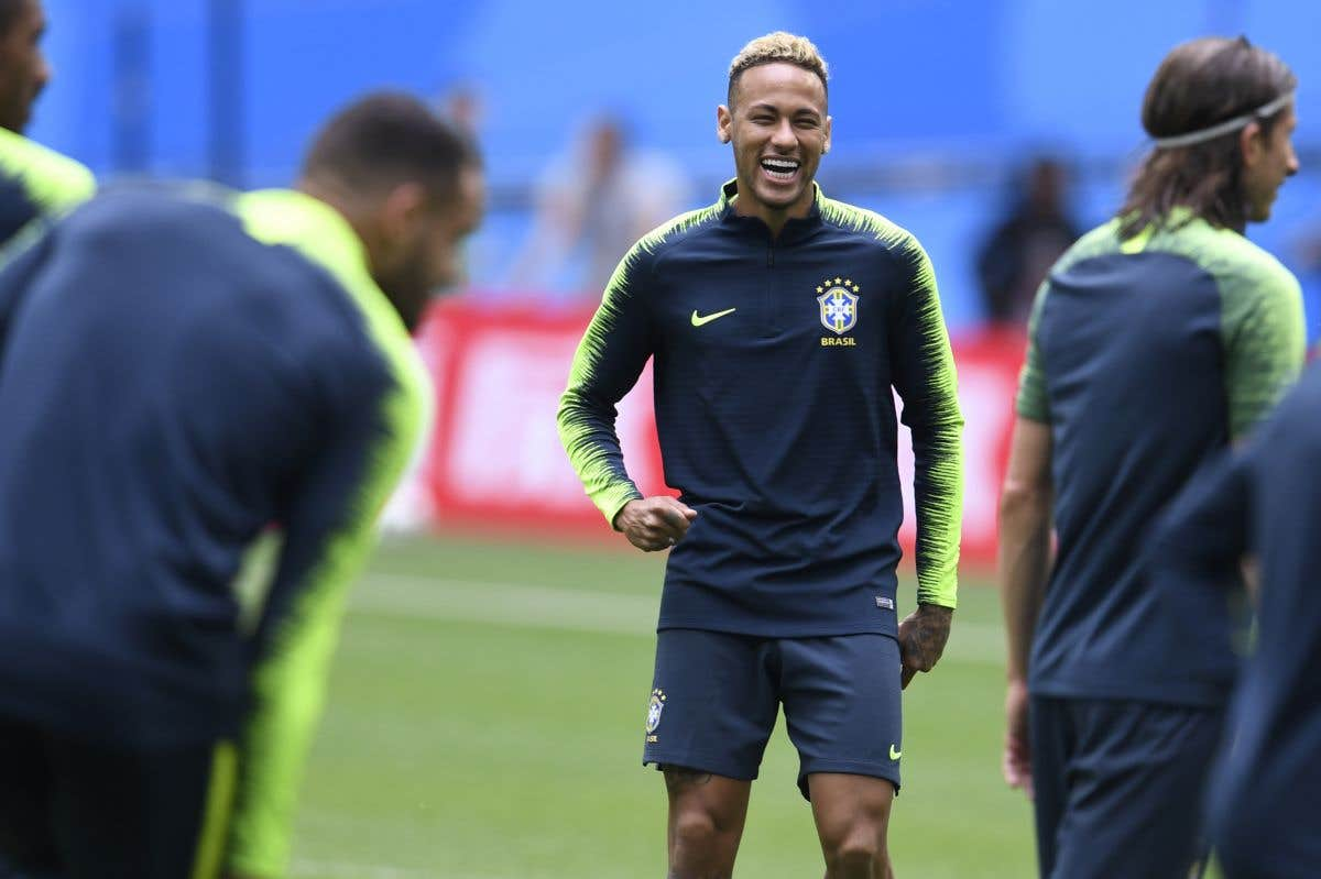 Neymar en uniforme
