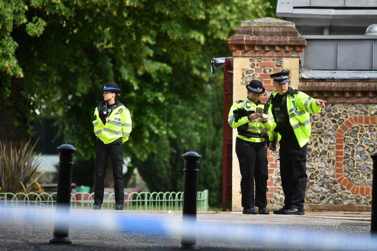 Trois morts lors d'une attaque au couteau au Royaume-Uni