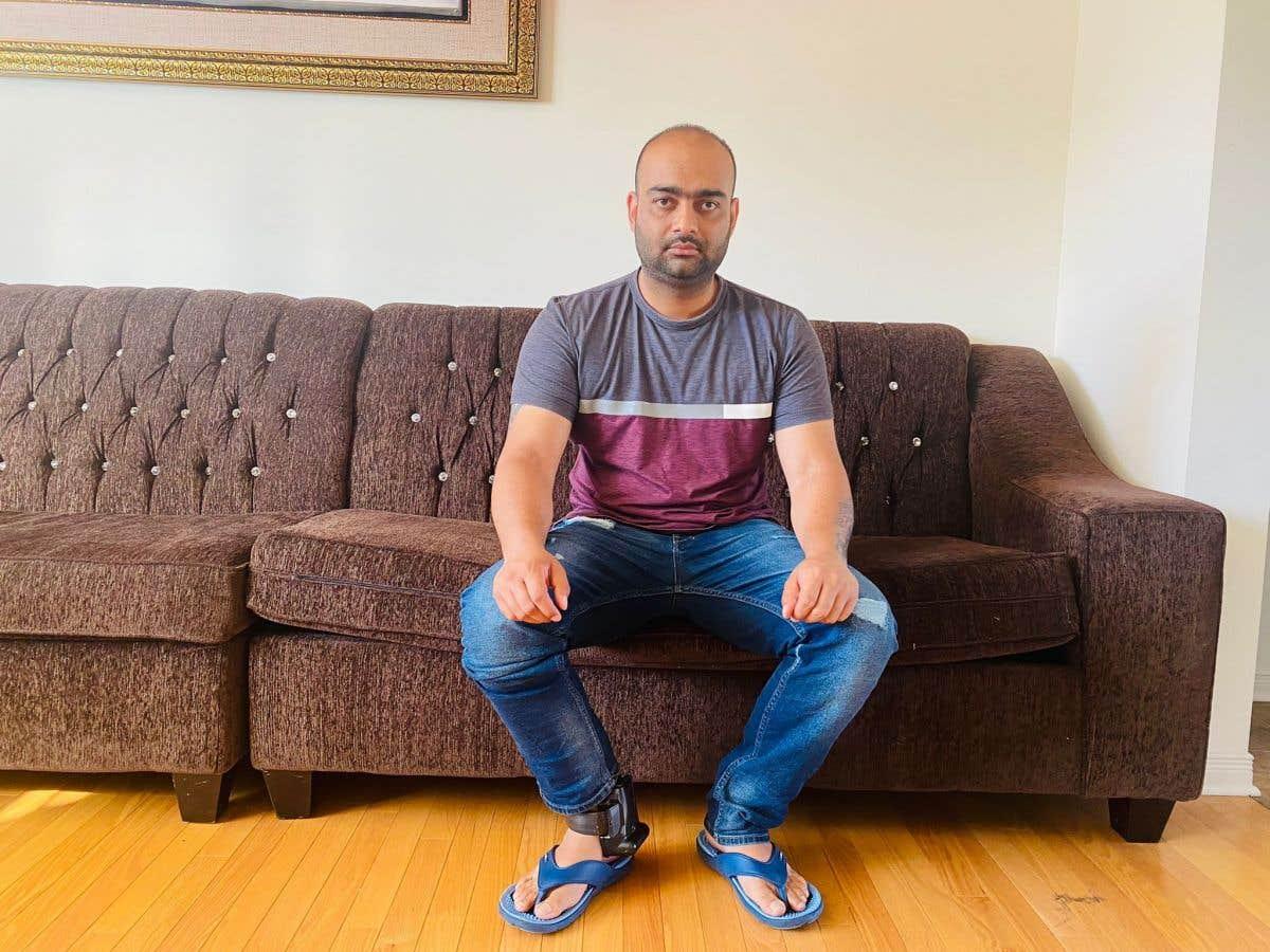 Expulsion de Jatinder Singh