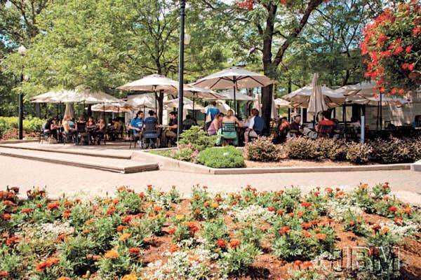 Le devoir - Restaurant terrasse jardin grenoble mulhouse ...