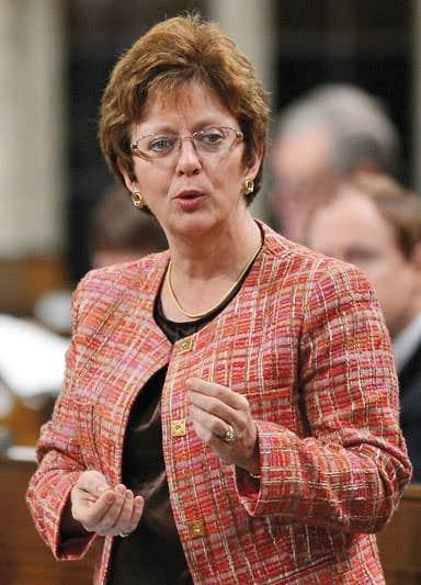 La ministre Diane Finley