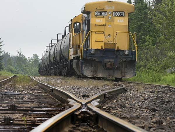 transports canada fait le point laisser un train seul sur une voie principale est inhabituel. Black Bedroom Furniture Sets. Home Design Ideas