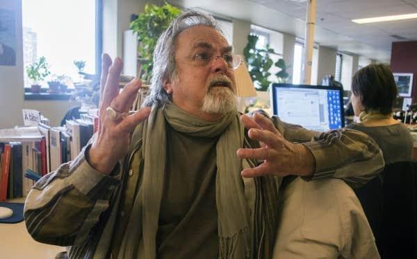 Réalisateur à la télévision pendant 40 ans, François Jobin a écrit plus de 1200 émissions. Il signera un texte dans Le Devoir des écrivains du 20 novembre.