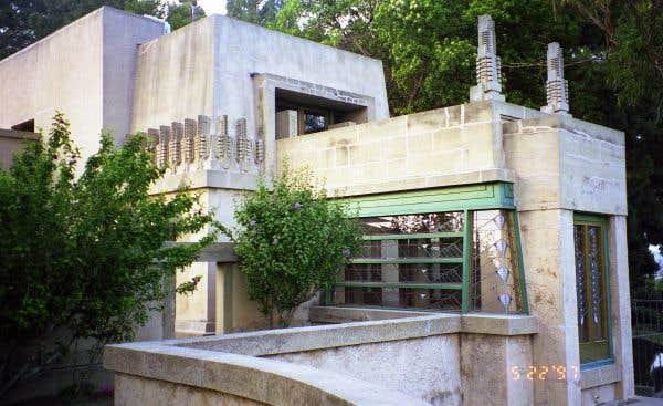 Maison Hollyhock, Los Angeles, Californie