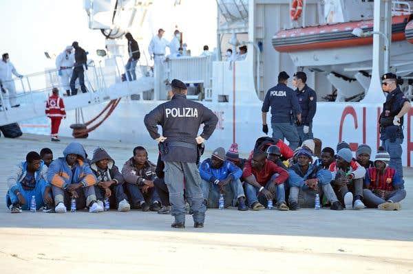 Mille autres migrants ont débarqué dans la péninsule jeudi