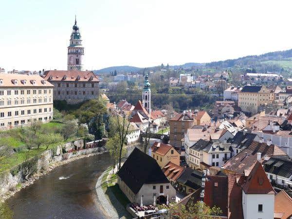 Sur les flots du Danube bleu