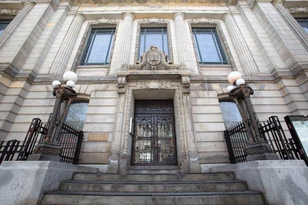 La mise en vente de l'édifice Saint-Sulpice est suspendue