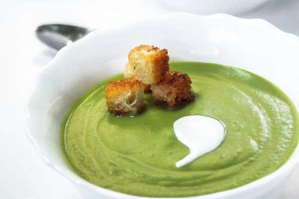 Gaspacho de pois vert au thé vert