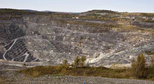 Santé Canada raffermit discrètement sa position sur les risques liés à l'amiante