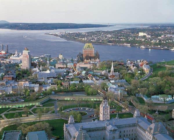 La coalition à Québec pour planifier la guerre