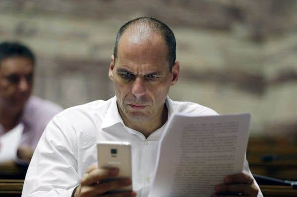 Bruxelles dément le plan B de Varoufakis