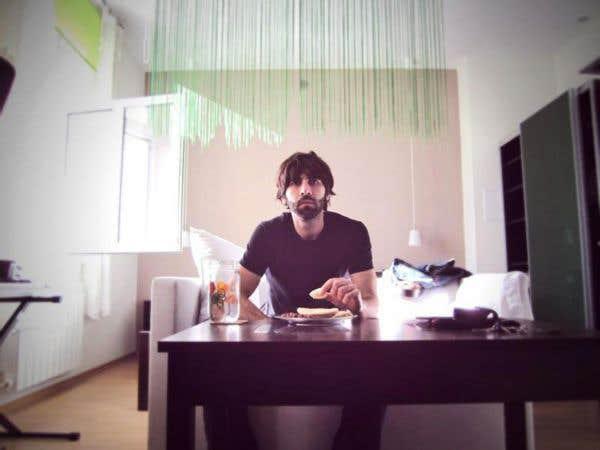 Québec sommé d'interdire la venue  du blogueur Roosh V