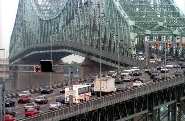 La piste cyclable du pont Jacques-Cartier jugée sécuritaire
