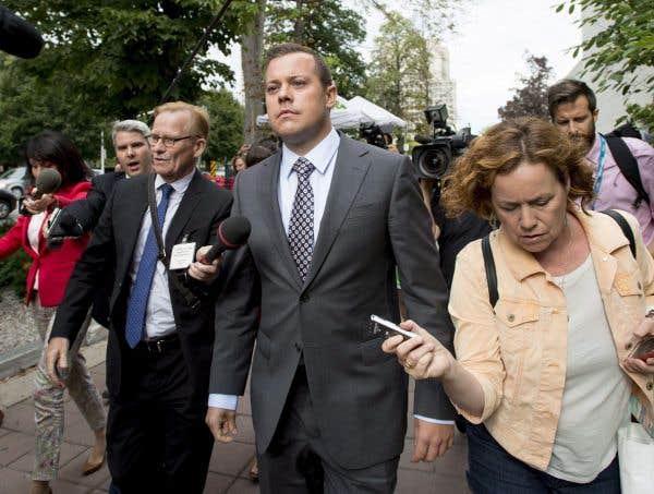Procès Duffy: l'équipe Harper échange avec des témoins