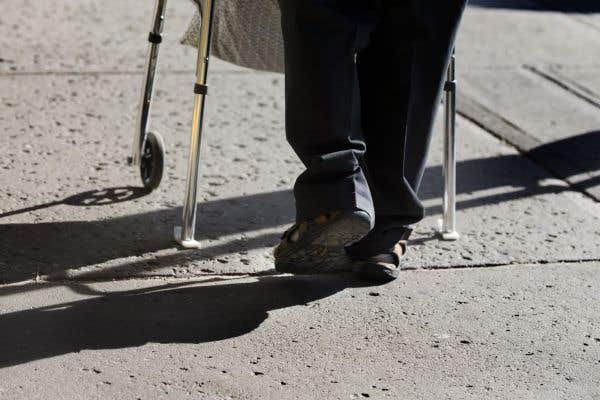 Les gens vivent plus vieux mais aussi plus malades