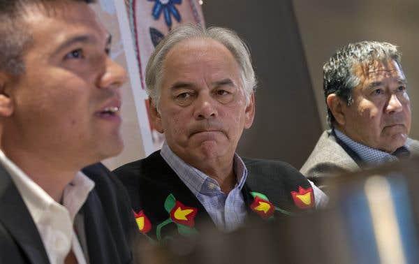 Les autochtones du Québec veulent forcer les chefs à s'engager