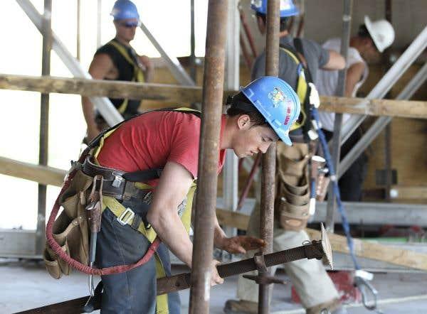 Métiers de la construction: la CCQ n'est pas prête à trancher