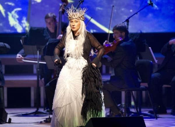 Diane Dufresne en spectacle à Montréal, 9 décembre 2012.