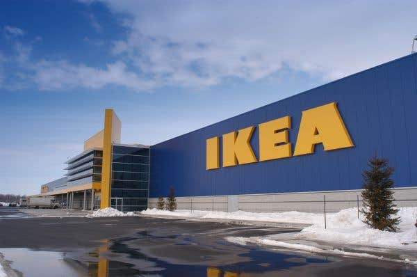 Montr al les employ s d ikea votent pour la gr ve le for Emplois ikea emeryville
