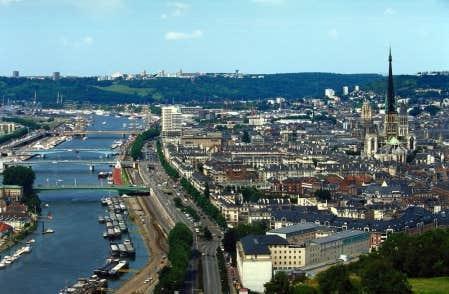 La ville de Rouen, o&ugrave; Jeanne d&#39;Arc a &eacute;t&eacute; br&ucirc;l&eacute;e.<br />