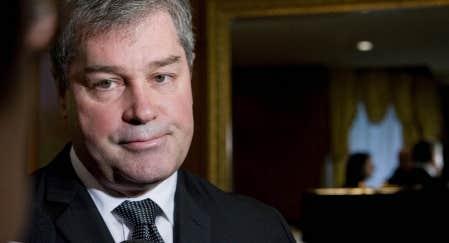 Le ministre Yves Bolduc souhaite changer sa loi pour permettre une plus large redistribution de la &laquo;taxe sant&eacute;&raquo;.<br />