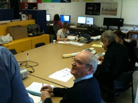 George Adamczyk (au centre), codirecteur scientifique du Laboratoire d&rsquo;&eacute;tude de l&rsquo;architecture potentielle (LEAP) avec Jean-Pierre Chupin<br />