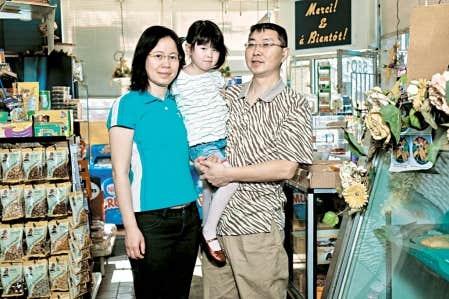 Ing&eacute;nieur civil, Bing Liu dirigeait des &eacute;quipes de cent personnes, alors que sa femme, Xiang Lu, enseignait l&rsquo;anglais.<br />