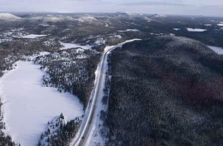 Selon Québec, le Plan Nord « deviendra une référence internationale en matière de développement durable ». Des scientifiques de différents pays estiment que cet objectif ne pourra pas être atteint dans le cadre du projet de loi actuel.