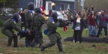 La capitaine Jean Finet, de la Sûreté du Québec, a estimé que les policiers avaient bien fait leur travail au cours de cette soirée chargée et que leur plan de match sera à peu près le même pour le reste de la fin de semaine.
