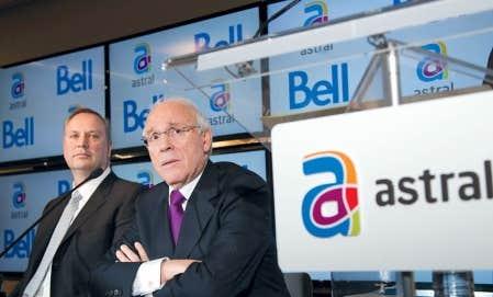 La transaction qui a fait passer Astral dans le giron de Bell a été annoncée en mars dernier, par les dirigeants respectifs des deux entreprises, George Cope, de Bell, et Ian Greenberg, d'Astral Media.