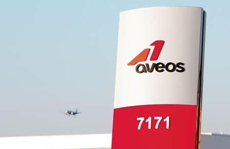 Environ 2600 personnes ont perdu leur emploi lorsqu'Aveos a subitement cessé ses opérations. De ce nombre, 1800 se trouvent à Montréal.
