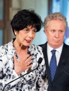 <div> La ministre de l&rsquo;&Eacute;ducation, Michelle Courchesne et le premier ministre, Jean Charest.</div>
