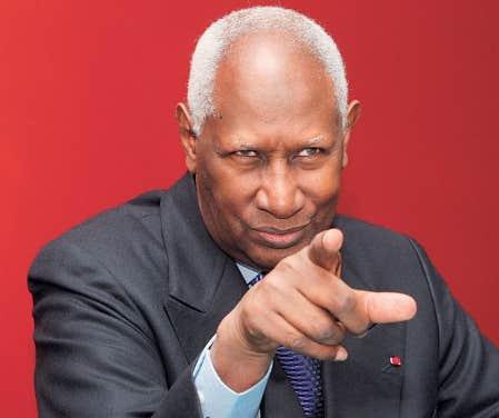 <div> &laquo;Ceux qui d&eacute;fendent le plus le fran&ccedil;ais dans les ar&egrave;nes internationales, ce sont les Qu&eacute;b&eacute;cois et les Africains&raquo;, dit le secr&eacute;taire g&eacute;n&eacute;ral de la Francophonie, Abdou Diouf.</div>