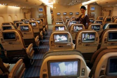 Technologie internet du haut des airs le devoir for Avion airbus a380 interieur
