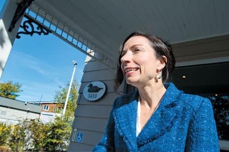 La nouvelle ministre des Ressources naturelles, Martine Ouellet, dit vouloir « rassurer » les minières quant à ses intentions de « faire les choses un peu différemment ».