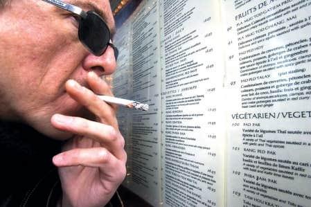Des consommateurs réclament une somme totalisant 27 milliards de dollars à trois compagnies de tabac.