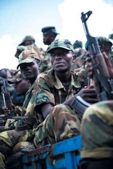 Les pourparlers de paix avec les rebelles du M23 ne sont qu'un chapitre de plus dans un conflit qui a notamment pris racine dans le génocide rwandais de 1994.