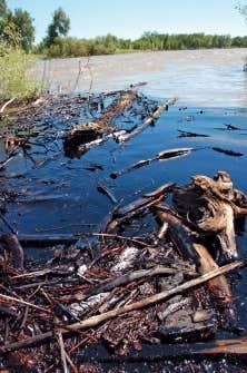 En juillet 2011, la rupture d'un pipeline d'Exxon Mobil avait provoqué la fuite de 238 000 litres de brut dans la rivière Yellowstone, au Montana.