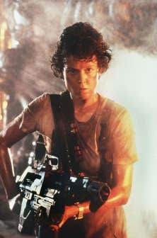 Sigourney Weaver dans le rôle d'Ellen Ripley dans Aliens