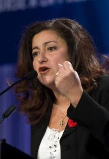 Reconnue pour son franc-parler, Maria Mourani n'a pas dérogé à ses habitudes dans le débat entourant la Charte des valeurs du Parti québécois (PQ). Elle a enchaîné les entrevues mercredi pour s'opposer farouchement à la proposition de Bernard Drainville, l'accusant dans le Journal de Montréal de « faire fausse route » en instaurant une « discrimination contre les femmes ».