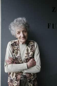 Cecilia Mangini, née dans les Pouilles en 1927, a fait des courts métrages sur une Italie en voie de disparition, dont quelques-uns portés par les mots de Pier Paolo Pasolini.