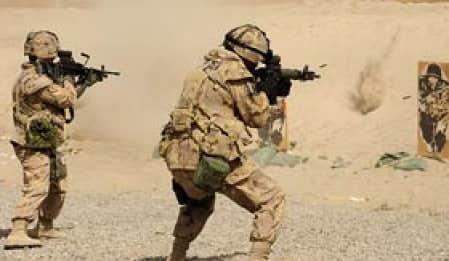 La mission en Afghanistan affecte la santé mentale des soldats. Les spécialistes ne sont donc pas étonnés de constater une hausse des suicides.