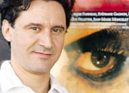 Le comédien François Papineau, flamboyant maître de cérémonie de Cabaret.
