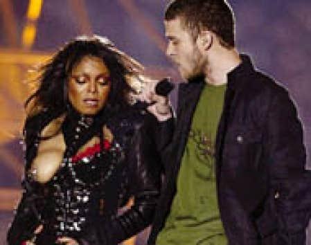 Le sein de Janet Jackson revient devant la justice