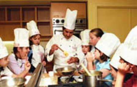 Vacances estivales parents exigeants cherchent camps de for Academie de cuisine summer camp