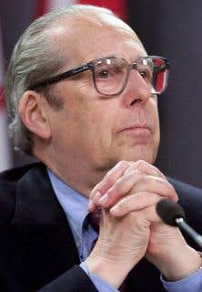 Victor Goldbloom, ici photographié en 1999, a connu une carrière politique remplie. Il a été le premier à occuper le poste de ministre de l'Environnement du Québec, en 1970.