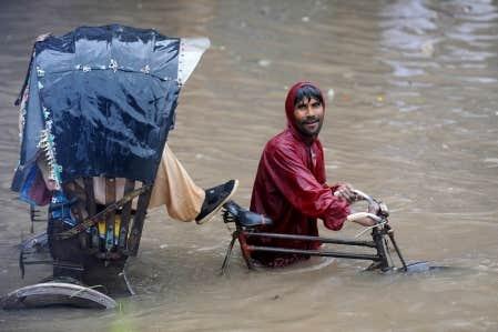 Déjà durement éprouvée par les cyclones et les inondations, Dhaka, au Bangladesh, sera parmi les plus touchées par la hausse du niveau des océans.