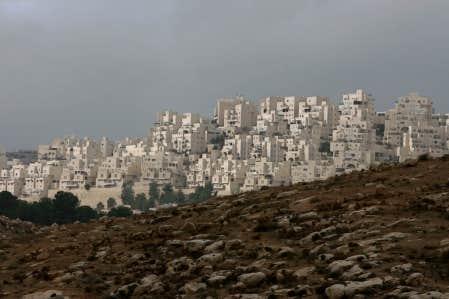 Une projet de développement domiciliaire dans Jérusalem-Est dont la construction a été gelée temporairement.